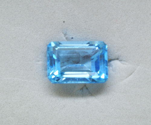 8x10 Octagon Blue Topaz (3.20 ct)