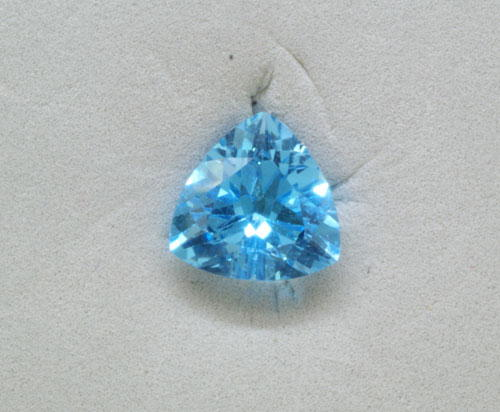 5mm Checkerboard Trillion Blue Topaz (0.49 ct)
