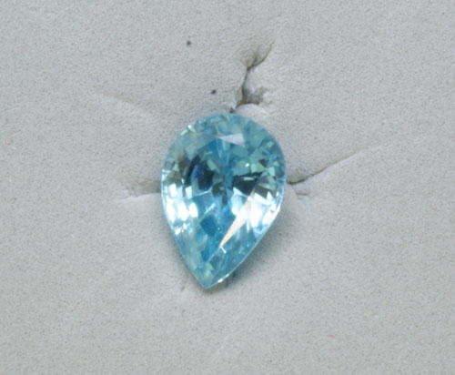 7x5 Pear Blue Zircon (1.00 ct)