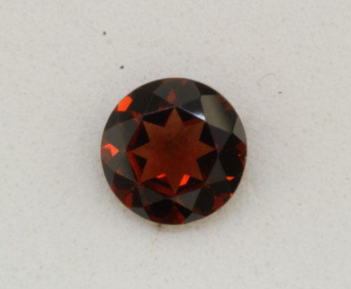 5mm Round Concave Garnet (0.63 ct)