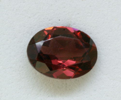 8x6 Oval Checkerboard Rhodolite Garnet (1.49 ct)