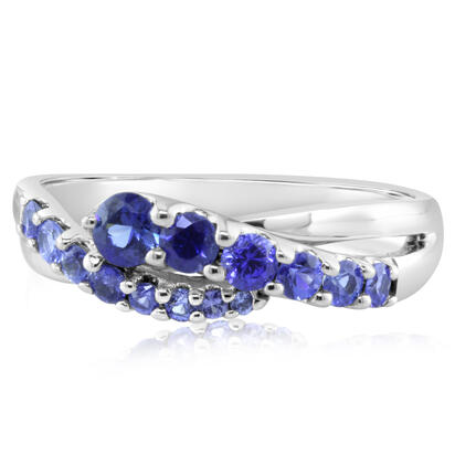 14K White Gold Graduated Blue Sapphire Ring