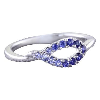 14K White Gold Graduated Blue Sapphire Ring | RCC145GSXWI