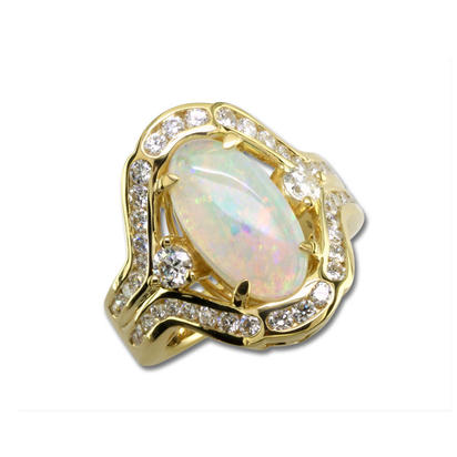 18K Yellow Gold Australian Freesize Opal/Diamond Ring